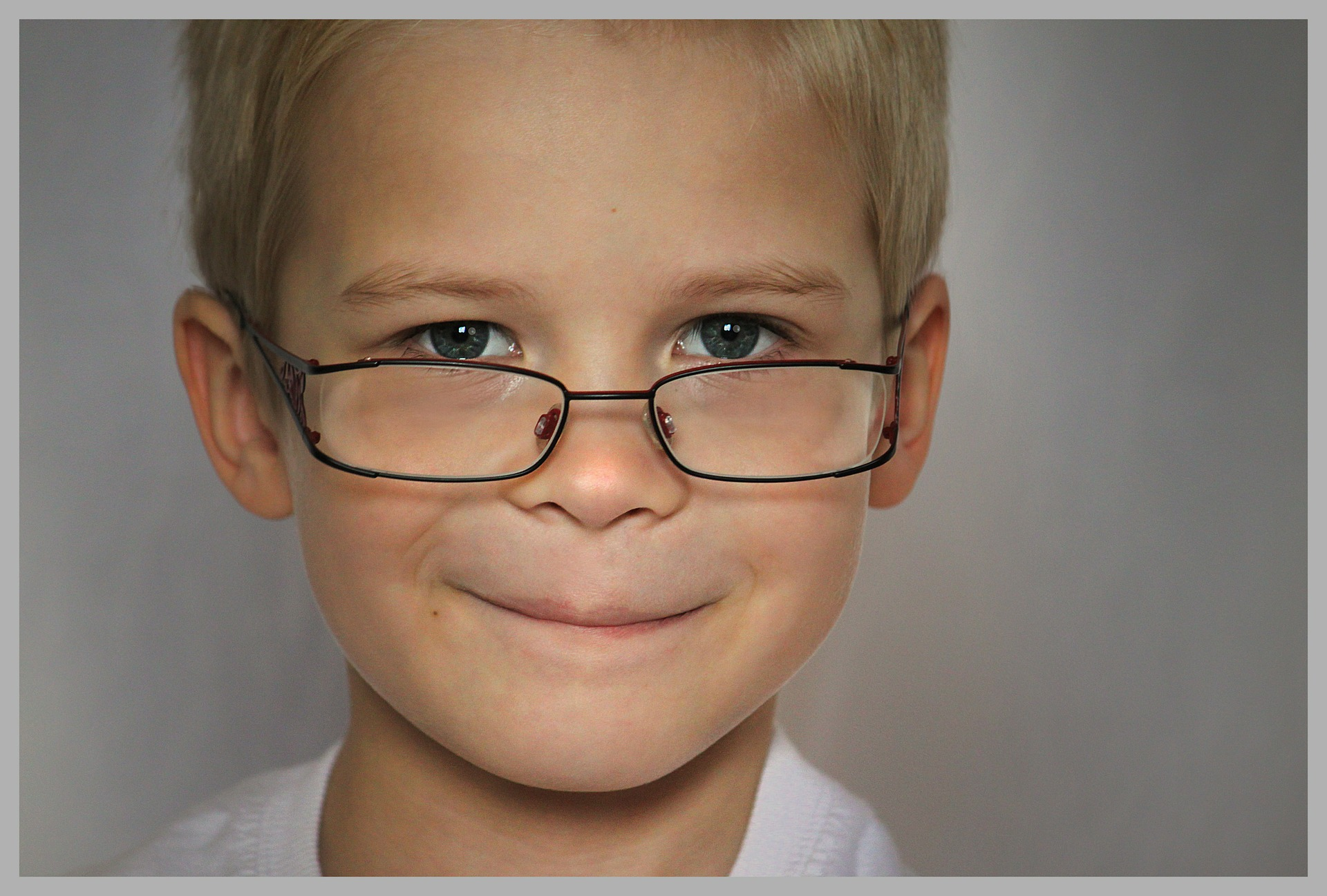 child_glasses